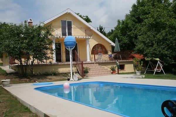 Zonnehuis mit Pool und WIFI in Sukoro Velence See - Bild 1
