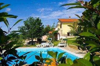 Casa de vacaciones Casa Margherita con piscina