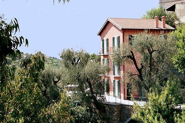 Das Anwesen Scudier mit den Wohnungen A1 bis A4