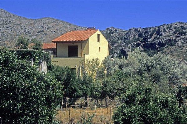 House Lefteris  in Anidri - picture 1