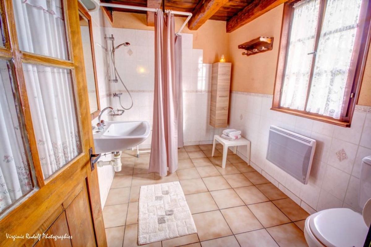 magnifique maison typique en alsace maison de vacances jebsheim louer. Black Bedroom Furniture Sets. Home Design Ideas