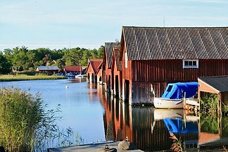 The house is located on the island Harstena in the Gryt archipelago on the Swedish east coast.