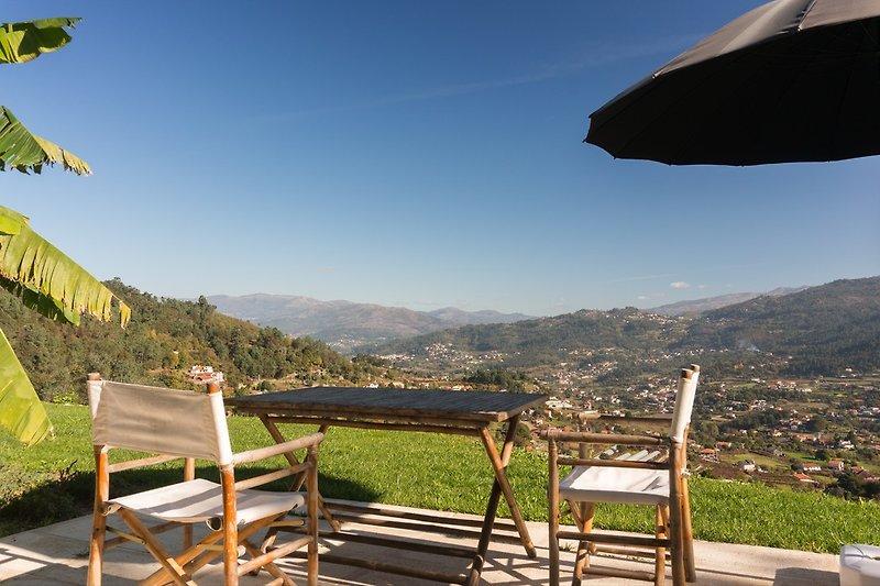 Privat Terrasse mit Blick auf das Naturgebiet Peneda Geres