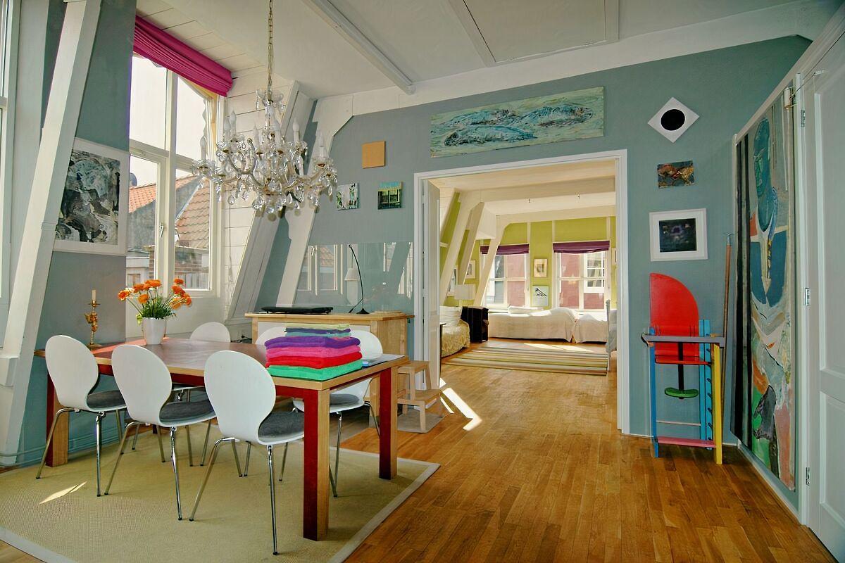 tolle loft im zentrum dachterrasse ferienwohnung in den haag mieten. Black Bedroom Furniture Sets. Home Design Ideas