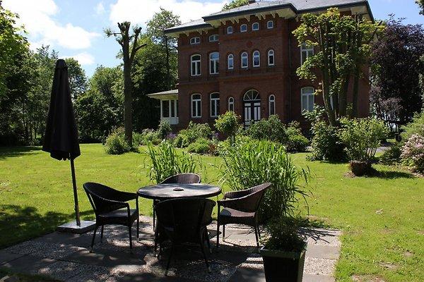 Romantik-Suite mit Himmelbett in Wesselburen - Bild 1