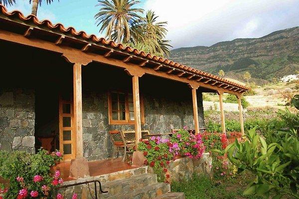 Casa Vitoria in Alojera - immagine 1