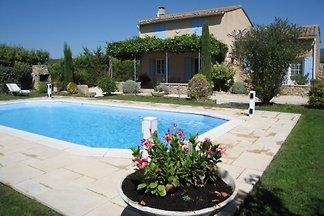 Cabrières d'Avignon Pool+Blick
