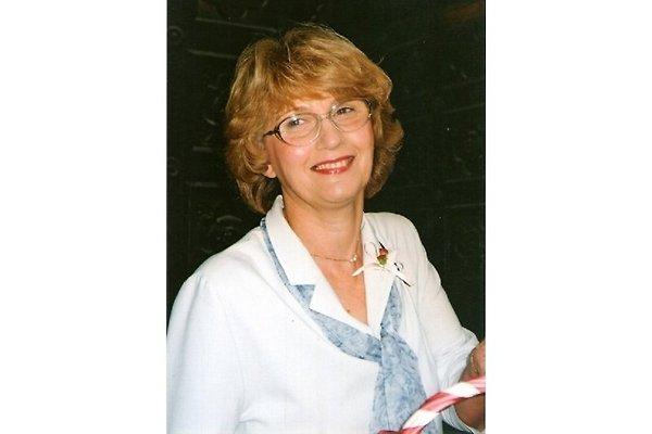 Frau J. Lapuh