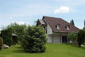 Maison à louer au bord du lac Balaton