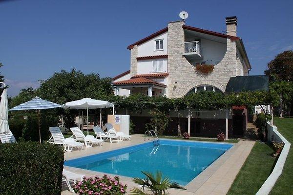 Top 6 Apartamentos con piscina en Medulin - imágen 1