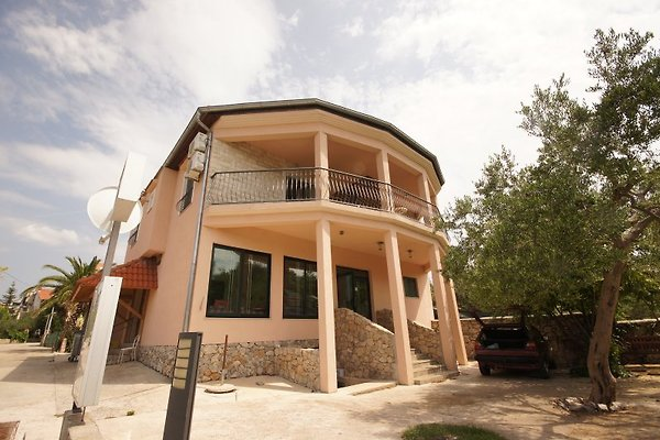 2 great seaside apartments à Vodice - Image 1