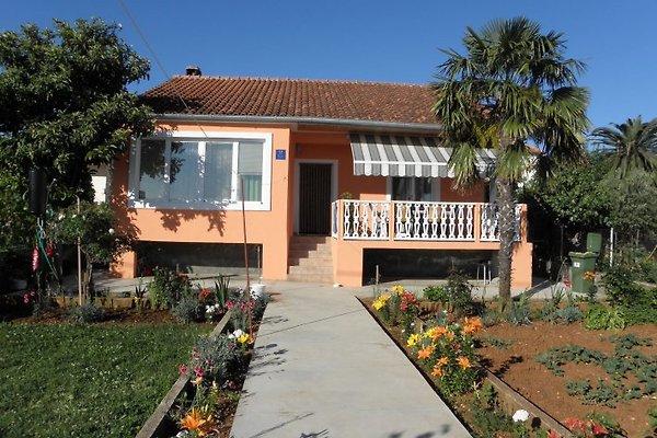 Villa Anica en Bol - imágen 1