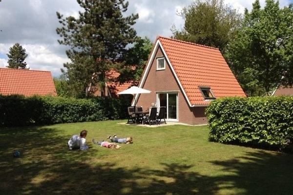 FR1034 - Ferienhaus im Sint-Nicolaasga in Sint Nicolaasga - Bild 1