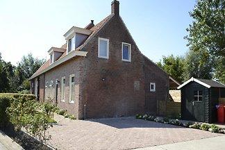 ZE068 - Ferienhaus im Oostkapelle
