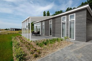 ZE694 - Holiday home in Wemeldinge