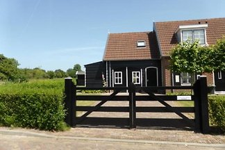 ZE409 - Holiday home in Oostkapelle