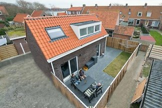 ZE464 - Holiday home in Westkapelle