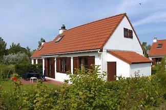 BK032 - Holiday home in Bredene-aan-Zee