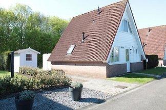 ZE200 - Ferienhaus im Oostkapelle
