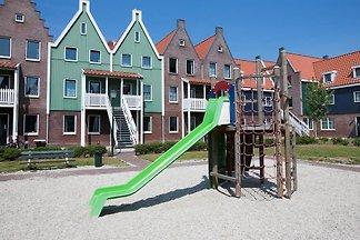RNM002 - Ferienhaus im Volendam