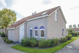 ZE446 - Holiday home in Noordwelle
