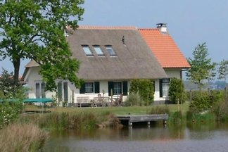 FR1037 - Ferienhaus im Sint-Nicolaasga