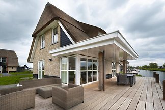FR045 - Vakantiehuis in Delfstrahuizen