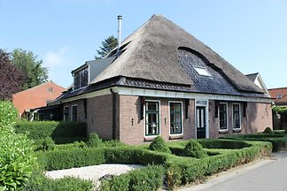 NH054 - Holiday home in Enkhuizen