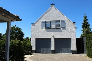 ZH022 - Holiday home in Ouddorp