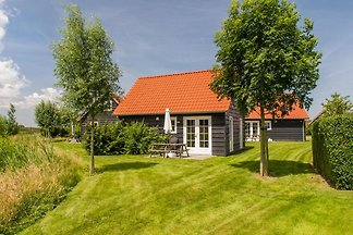 ZE210 - Holiday home in Wemeldinge
