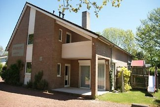 ZE319 - Holiday home in Oostkapelle