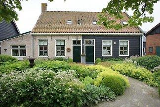 ZE307 - Holiday home in Aagtekerke