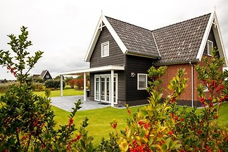 OV097 - Holiday home in Giethoorn
