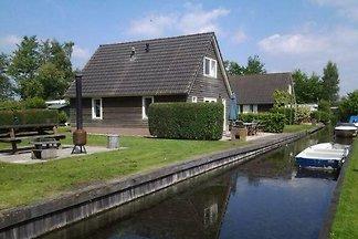 OV200 - Ferienhaus im Giethoorn