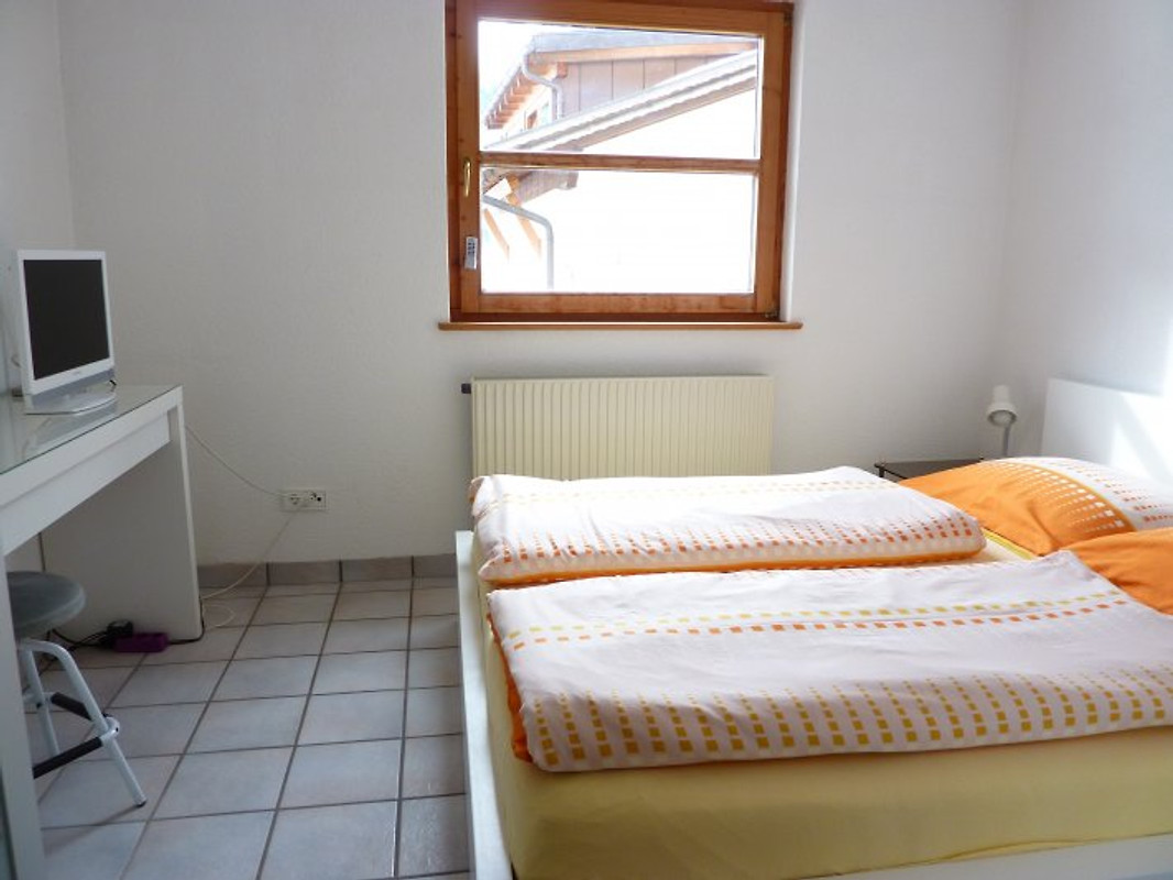Ferienwohnung beim wasserfall ferienwohnung in st anton im montafon mieten - Tv im schlafzimmer ...