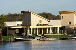 FR091, Water Villa Koudum.