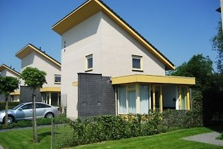 FR057  Feiertagshaus Koudum