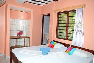 Diani Campsite & Cottages