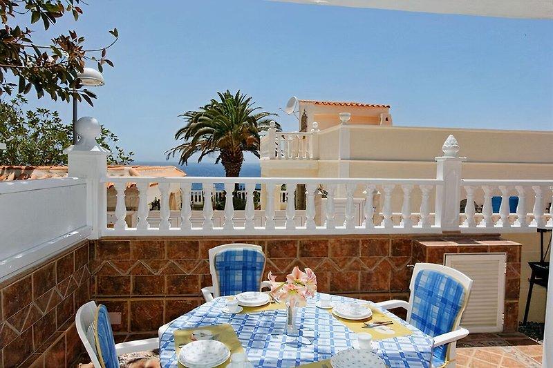 Terrasse Casa Salina mit Meerblick
