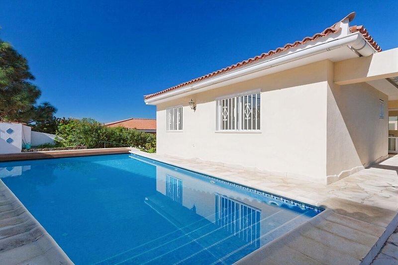 Der Pool Ferienhaus Vista Oceano