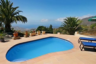 Ferienhaus Casa Jorkie mit Pool