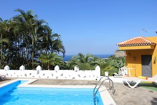 Finca Brisas del Mar + Pool am Meer