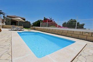 Ferienhaus Madera + beheiztem Pool