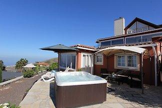 Maison de vacances Casa Demio avec Whirlpool