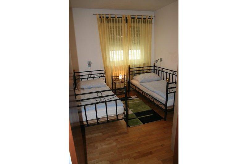 fewo plieschnegger ferienwohnung in reichersdorf mieten. Black Bedroom Furniture Sets. Home Design Ideas