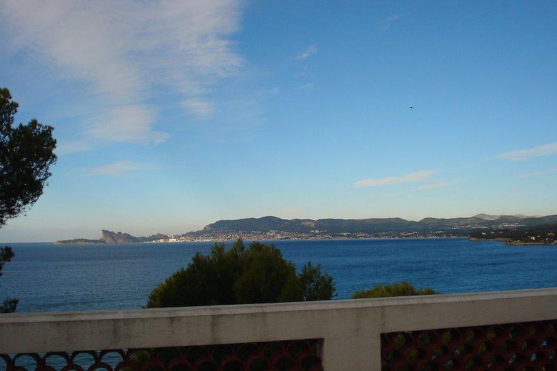Terrasse mit Meersicht