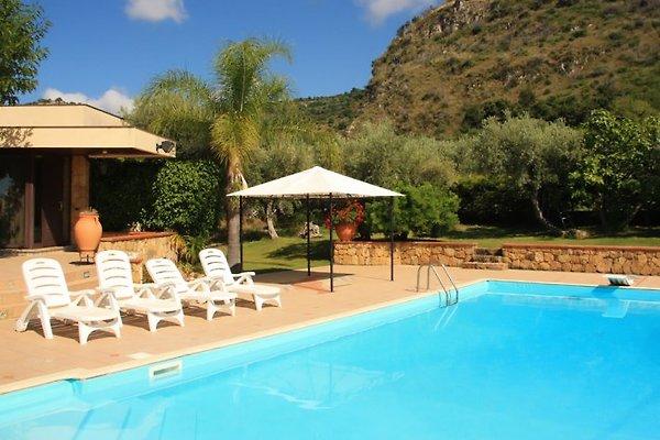 Villa Avalon in Acquedolci - immagine 1