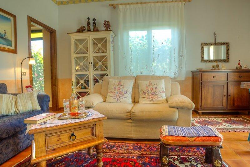 villa melograno ferienhaus in barcellona caldera mieten. Black Bedroom Furniture Sets. Home Design Ideas