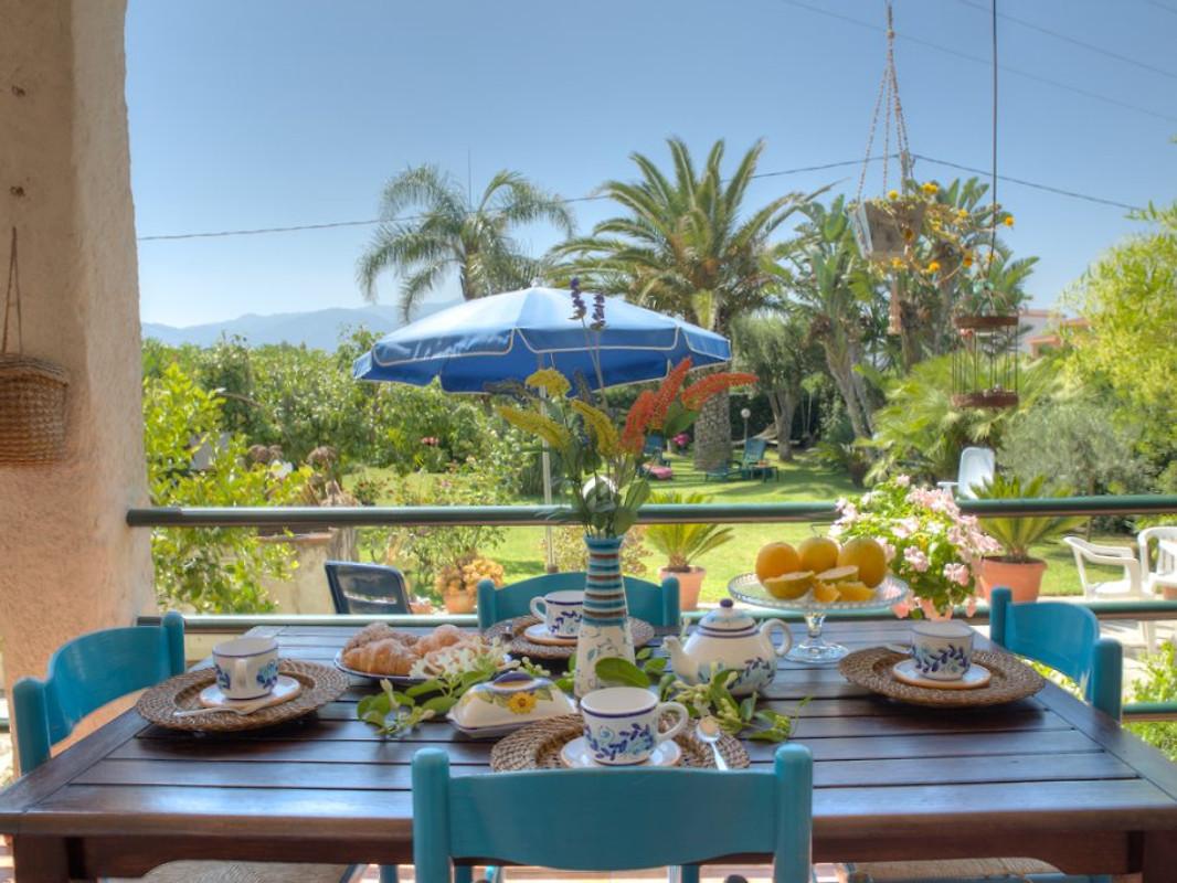 Villa melograno casa vacanze in barcellona caldera affittare for Affittare casa a barcellona