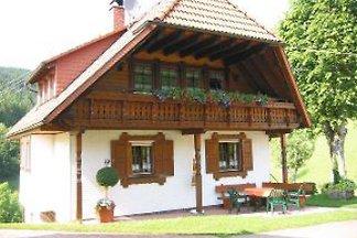 Schwarzwaldhaus Rose mit Pool